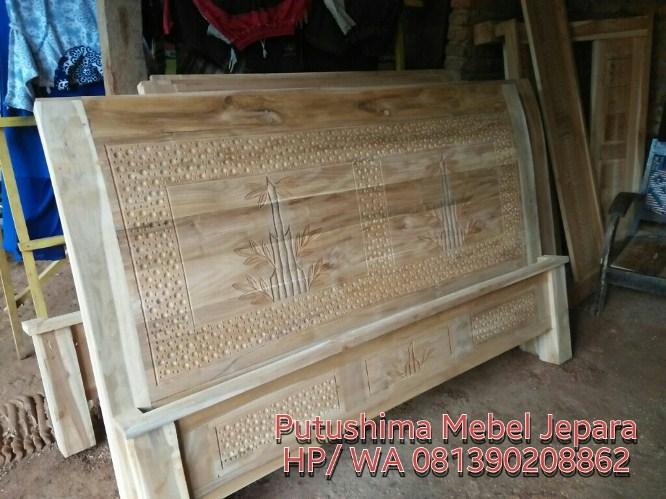 Dipan Minimalis Ukiran Bambu
