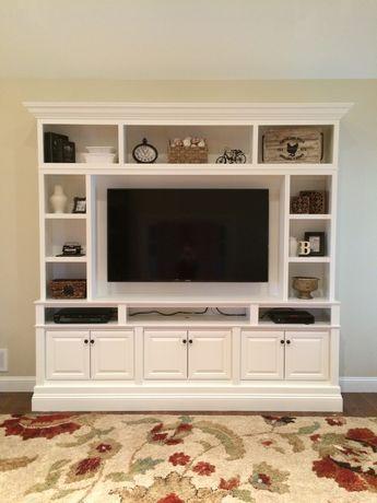 Meja TV Putih Mewah