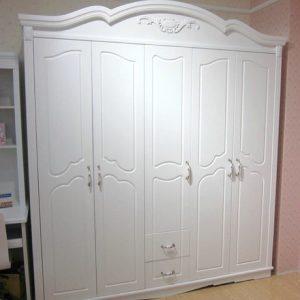Lemari Pakaian 5 Pintu