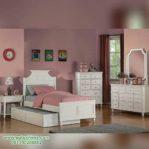 Set Tempat Tidur Anak Cewek Minimalis
