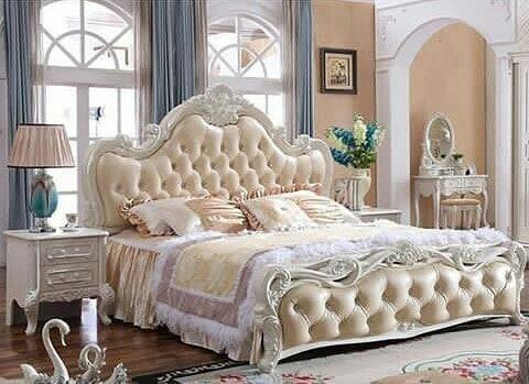 Tempat Tidur Mewah Jati