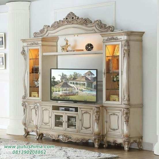 Lemari TV Klasik Ukiran
