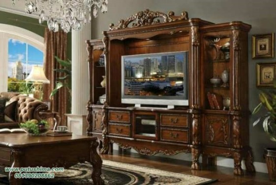 Lemari TV Mewah Ukiran Klasik