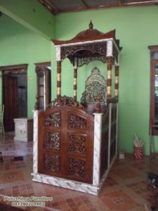 Mimbar Masjid Jati Kubah