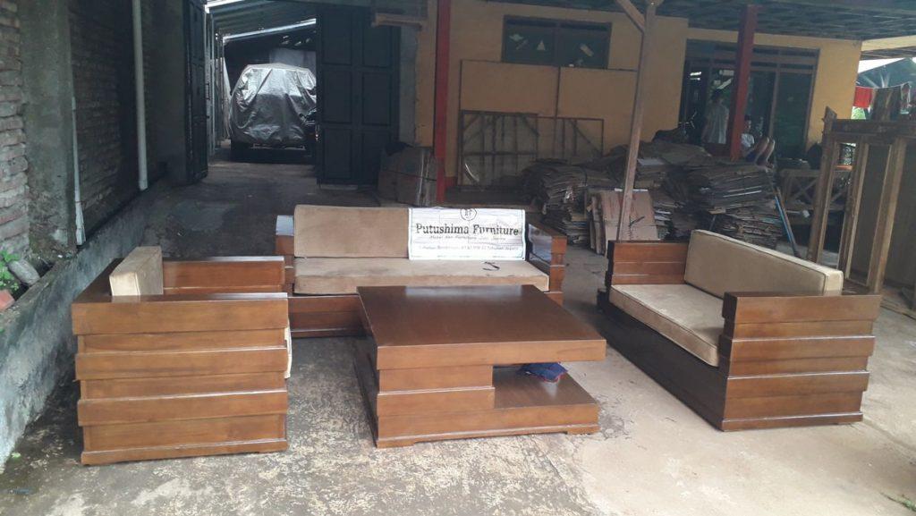 Harga Kursi Tamu Minimalis Model Box