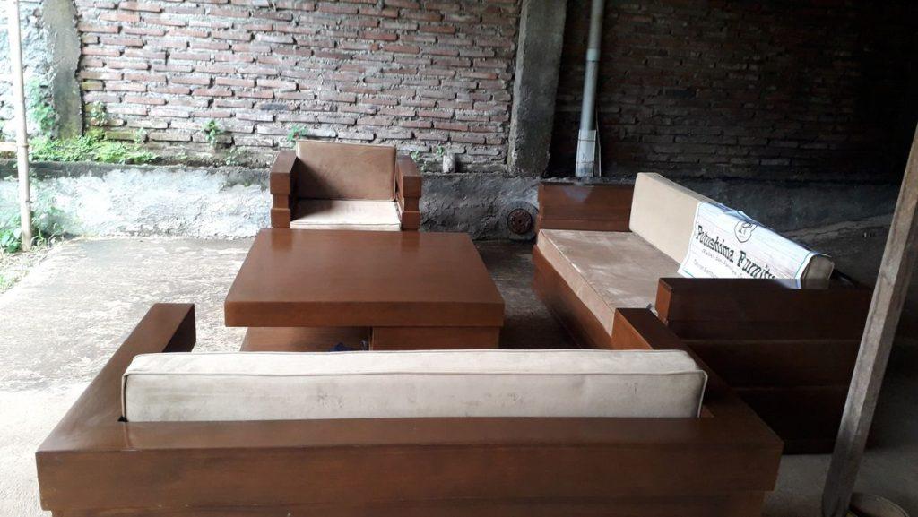 Jual Kursi Tamu Minimalis Model Box