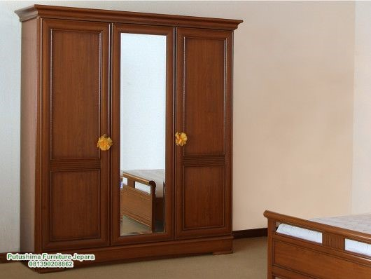 Jual Lemari Pakaian 3 Pintu Kaca Minimalis