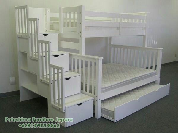 Tempat Tidur Tingkat Model Tangga Laci Depan