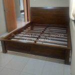 Tempat Tidur Jati Minimalis Queen
