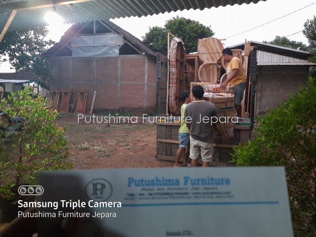 Pengiriman ke Jawa Timur